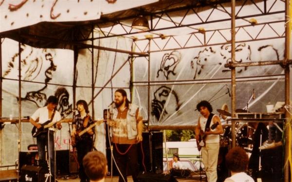 White Hot & Blue - Bullshit-Festival (2)