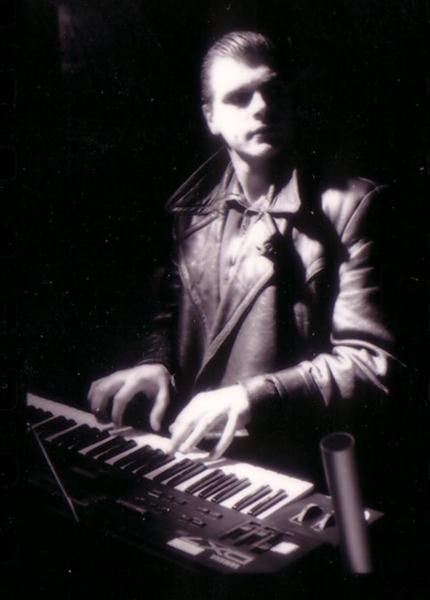 Earny, the keyboarder